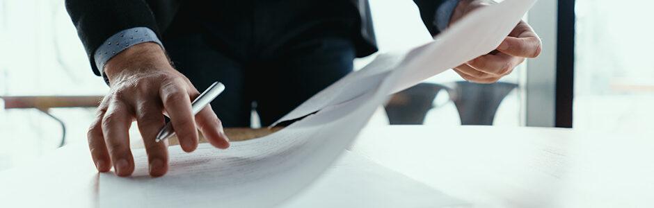 Abogados con juicio. Si no quieres que una simple carta se convierta en un peligroso documento, consulta a tu abogado